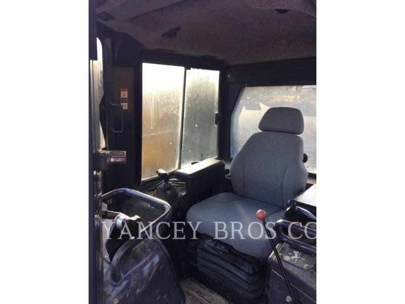 DEERE & CO. TRACTEURS SUR CHAINES 700J LGP equipment  photo 7