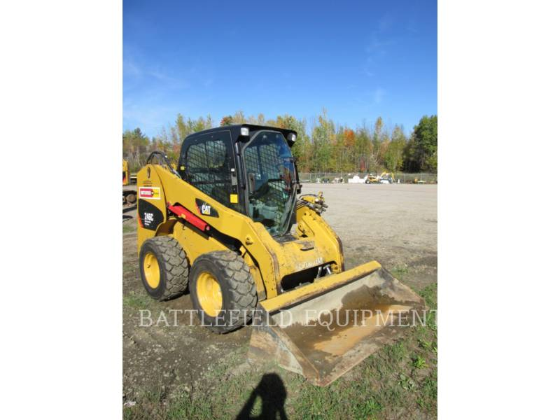 CATERPILLAR SKID STEER LOADERS 246C equipment  photo 2