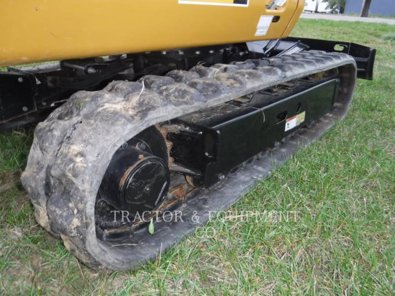 CATERPILLAR EXCAVADORAS DE CADENAS 301.7D CB equipment  photo 6