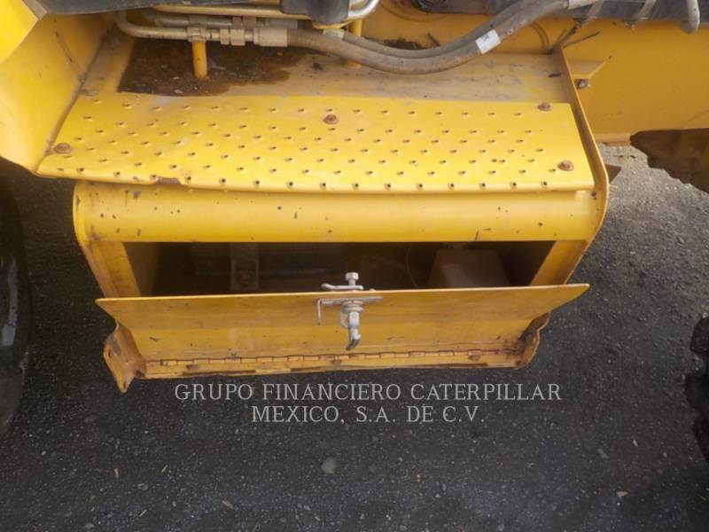 CATERPILLAR RETROESCAVADEIRAS 416EST equipment  photo 13
