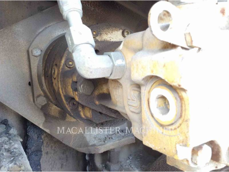 CATERPILLAR PAVIMENTADORA DE ASFALTO AP-1055D equipment  photo 7