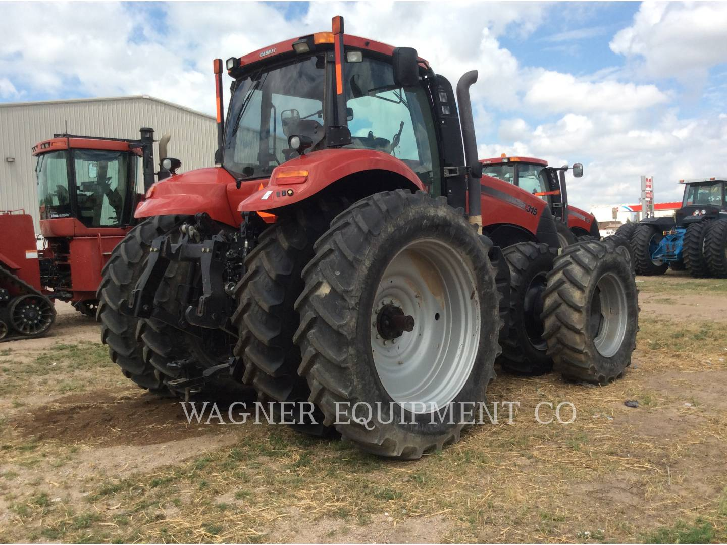 Detail photo of 2012 Case IH MAGNUM 315 from Construction Equipment Guide
