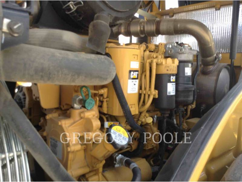 CATERPILLAR VIBRATORY SINGLE DRUM SMOOTH CS-56B equipment  photo 13