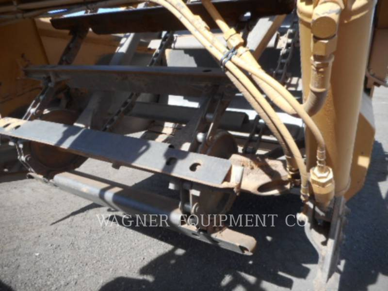 CATERPILLAR ホイール・トラクタ・スクレーパ 613C II equipment  photo 9