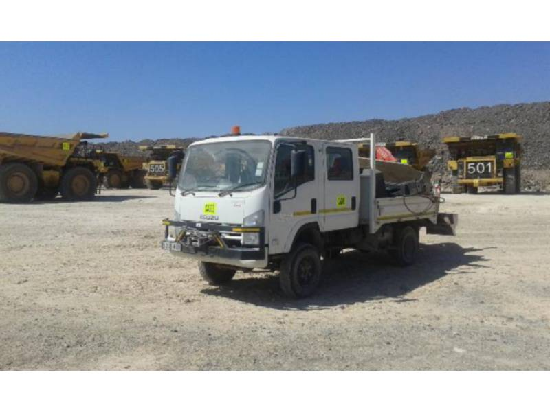 ISUZU TOMBEREAUX DE CHANTIER 300 WITH F38 FASSI CRANE equipment  photo 8