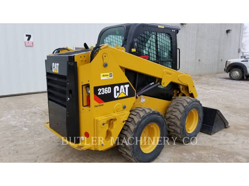 CATERPILLAR MINICARGADORAS 236 D equipment  photo 4