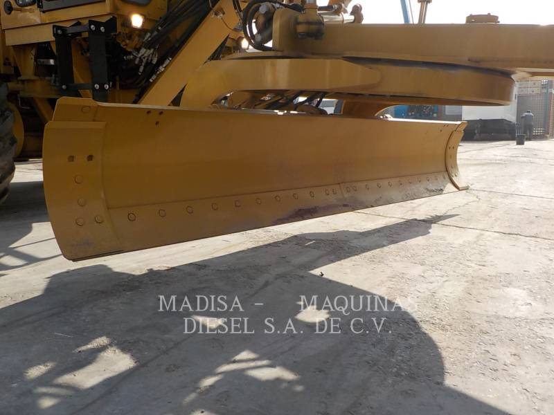 CATERPILLAR MOTONIVELADORAS 120K equipment  photo 7