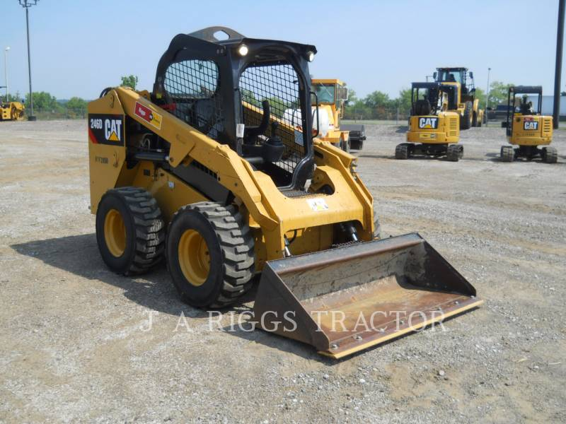 CATERPILLAR SKID STEER LOADERS 246D equipment  photo 7