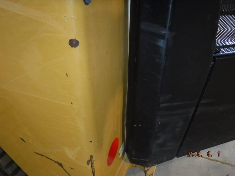 CATERPILLAR PALE CINGOLATE MULTI TERRAIN 239D equipment  photo 5