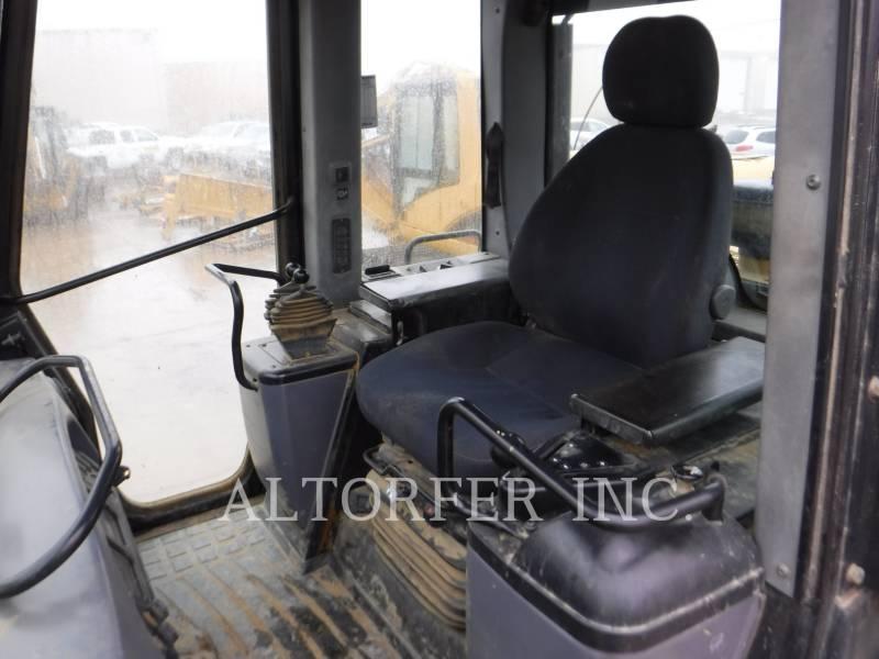 CATERPILLAR 履帯式ローダ 963C equipment  photo 9