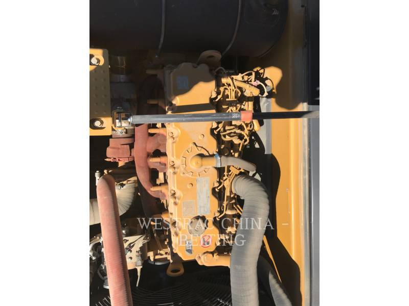 CATERPILLAR ESCAVATORI CINGOLATI 330D2L equipment  photo 9