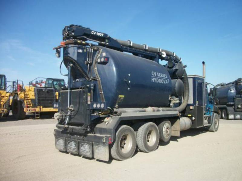 CATERPILLAR CAMIONS ROUTIERS CT660L equipment  photo 3