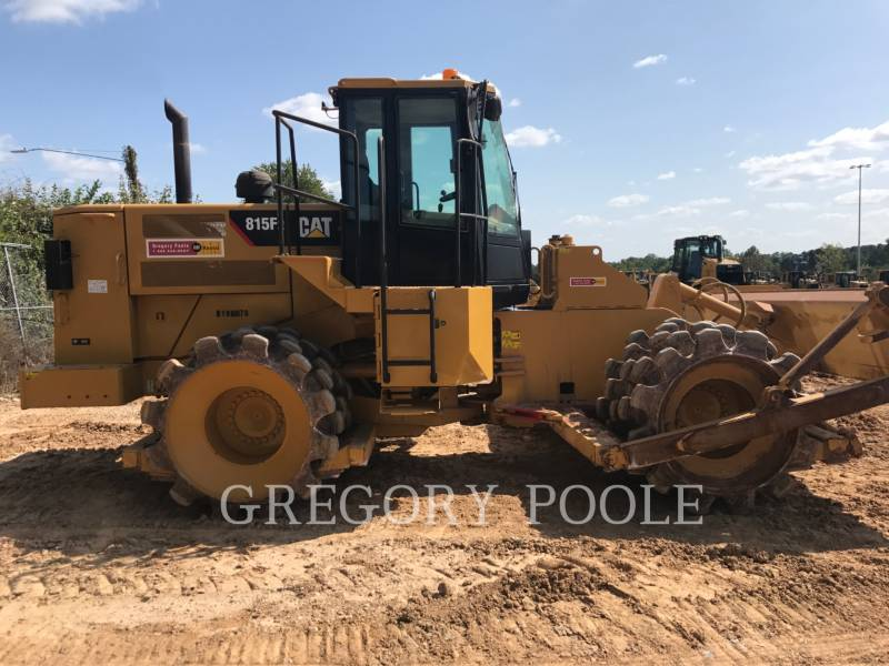 CATERPILLAR TRACTEURS SUR PNEUS 815F II equipment  photo 4