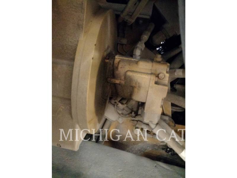CATERPILLAR ASFALTATRICI AP1055E equipment  photo 14