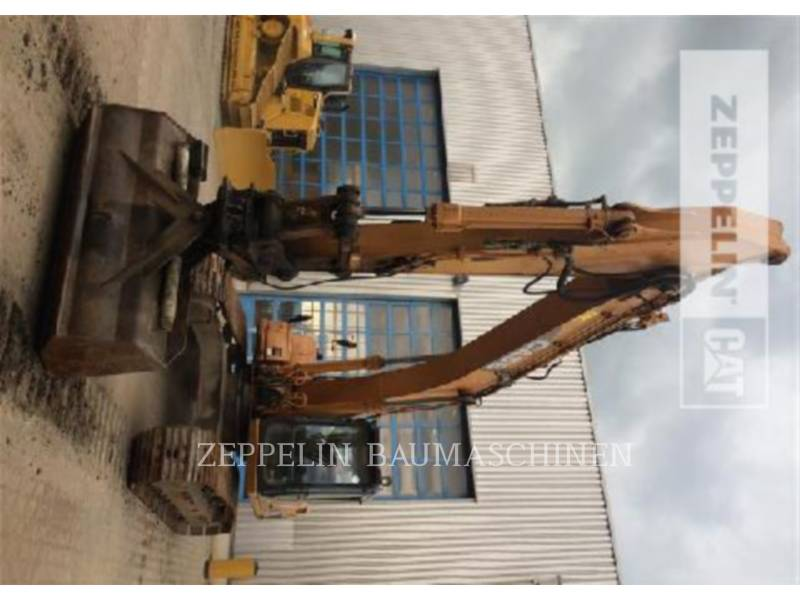 CASE PELLES SUR CHAINES CX290 equipment  photo 2