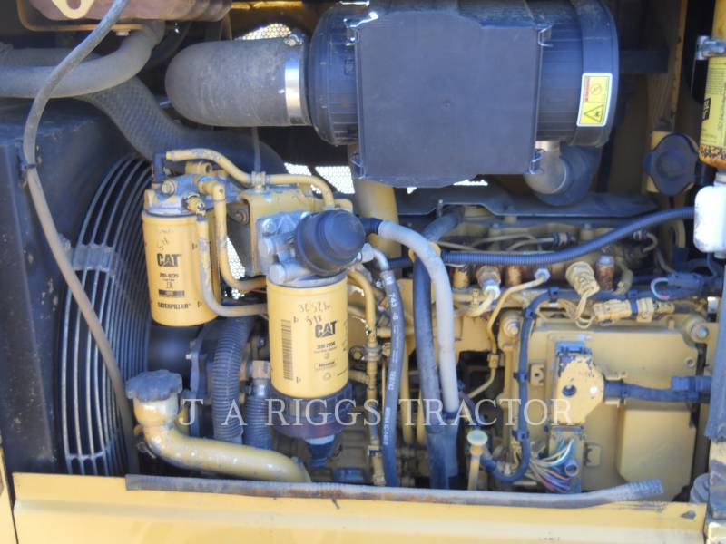 CATERPILLAR TRATTORI CINGOLATI D3KLGP A equipment  photo 18