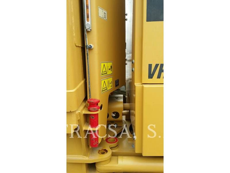 CATERPILLAR NIVELEUSES 140K equipment  photo 18