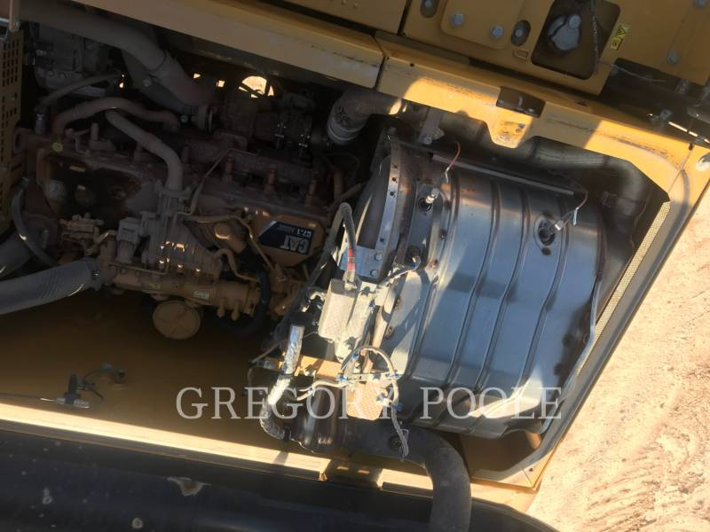 CATERPILLAR EXCAVADORAS DE CADENAS 323FL equipment  photo 15