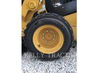 CATERPILLAR CHARGEURS COMPACTS RIGIDES 232D equipment  photo 11