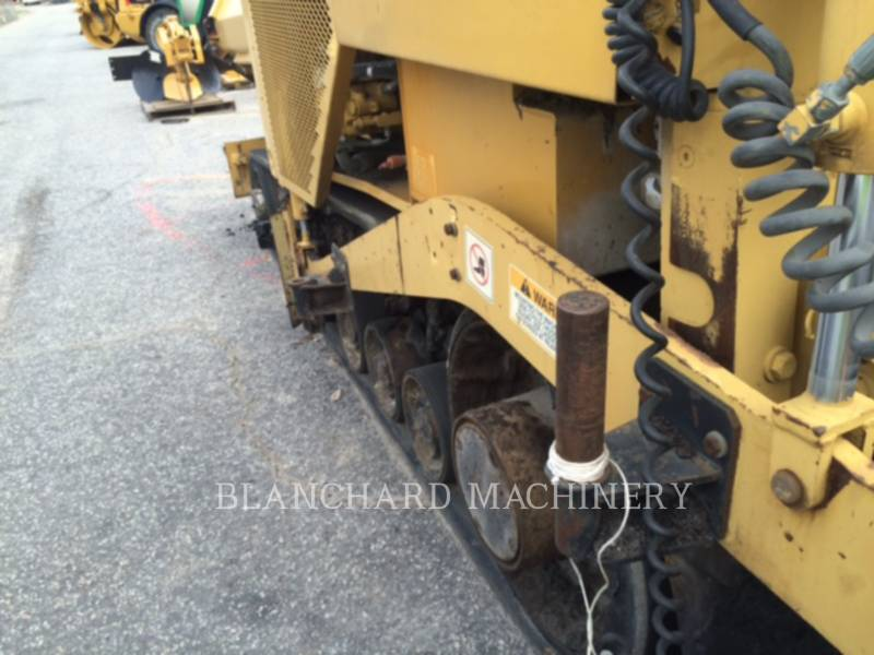 CATERPILLAR ASPHALT PAVERS AP1055D equipment  photo 13