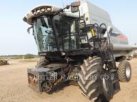Equipment photo GLEANER R76 COMBINES 1