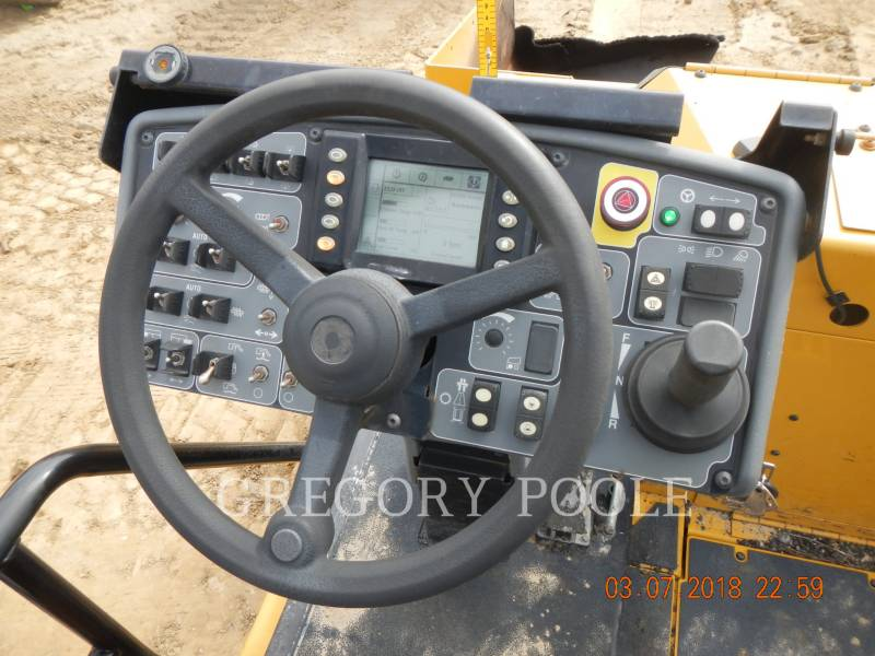 CATERPILLAR PAVIMENTADORA DE ASFALTO AP1055E equipment  photo 21