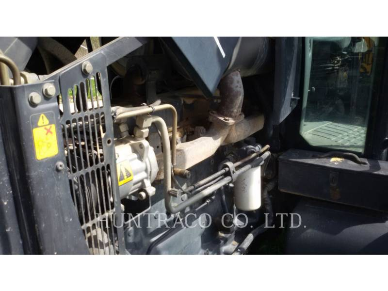 NEW HOLLAND LTD. TRACTORES AGRÍCOLAS TS115 equipment  photo 14