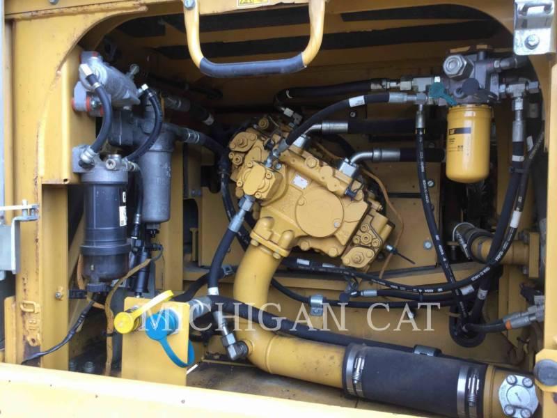 CATERPILLAR トラック油圧ショベル 329EL equipment  photo 9