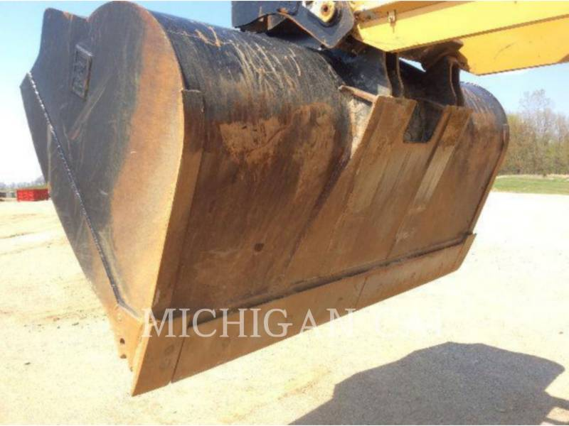 CATERPILLAR CARGADORES DE RUEDAS 938H 3R equipment  photo 16