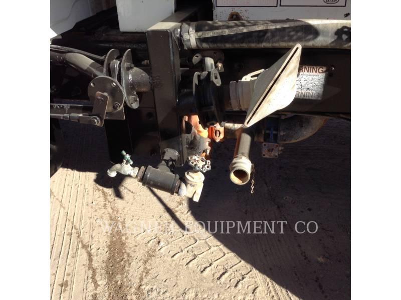 INTERNATIONAL TRUCKS CAMIONS CITERNE A EAU 4200 equipment  photo 10
