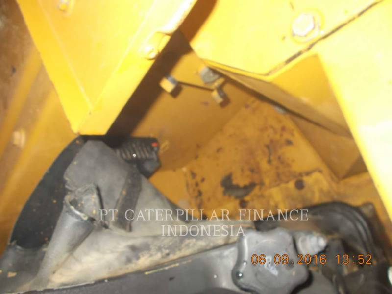 CATERPILLAR TRACTORES DE CADENAS D6R equipment  photo 18