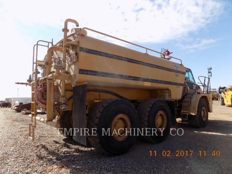 CATERPILLAR WATER TRUCKS 735 WT equipment  photo 2