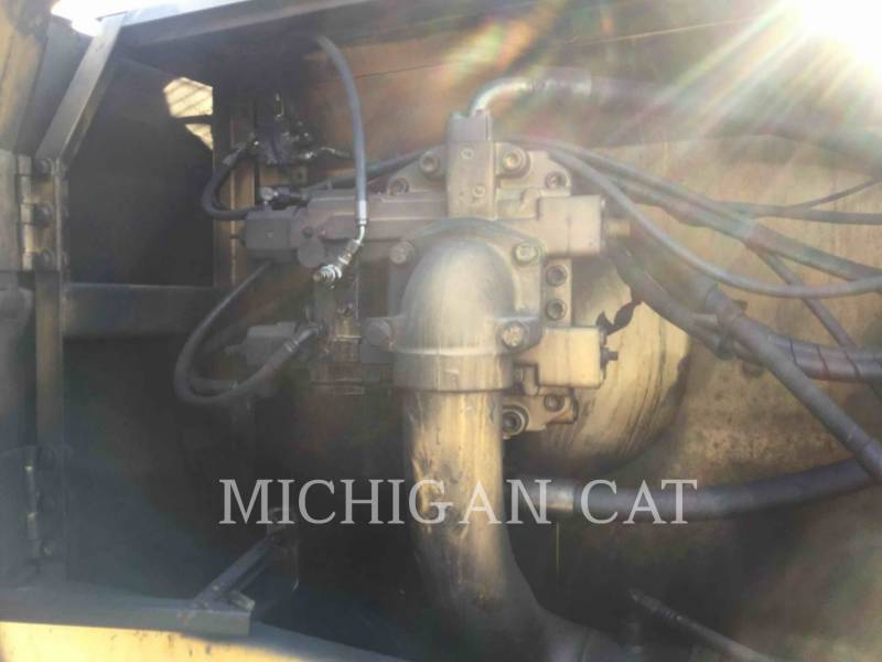 CATERPILLAR EXCAVADORAS DE CADENAS 330L equipment  photo 23