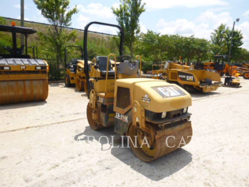 CATERPILLAR VIBRATORY DOUBLE DRUM ASPHALT CB-214E equipment  photo 4