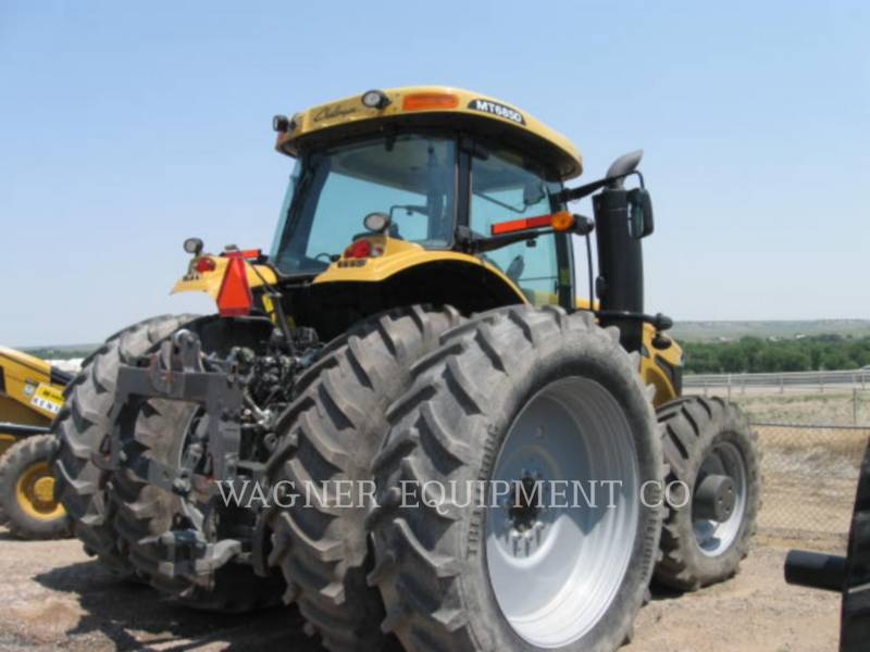 AGCO AG TRACTORS MT685D-4C equipment  photo 2