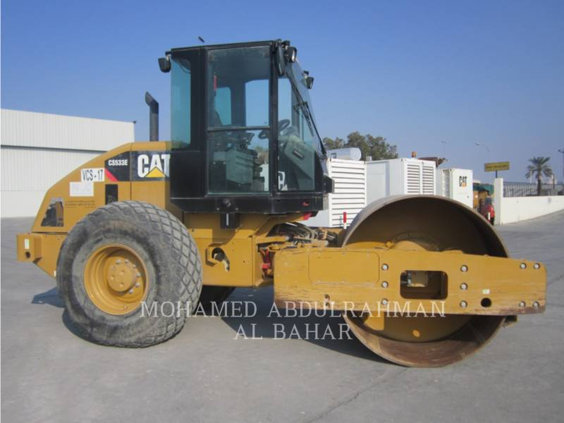 CATERPILLAR COMPACTEUR VIBRANT, MONOCYLINDRE LISSE CS 533 E equipment  photo 6