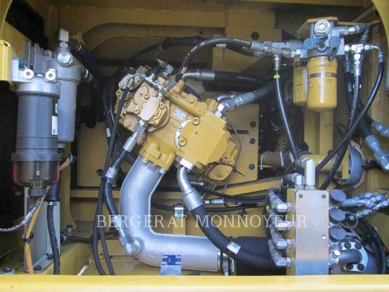 CATERPILLAR EXCAVADORAS DE CADENAS 330F equipment  photo 8