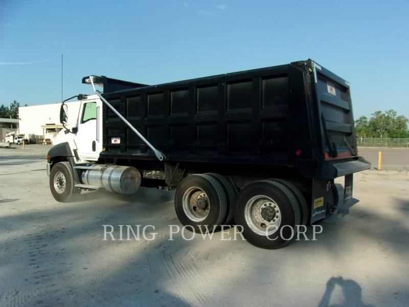 CATERPILLAR CAMIONS ROUTIERS CT660S equipment  photo 3