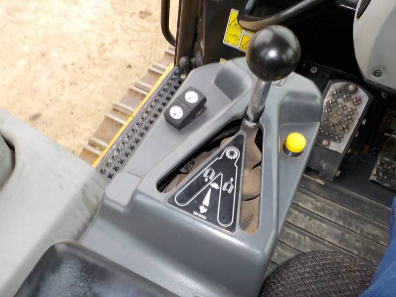 CATERPILLAR TRACK LOADERS 953D equipment  photo 22