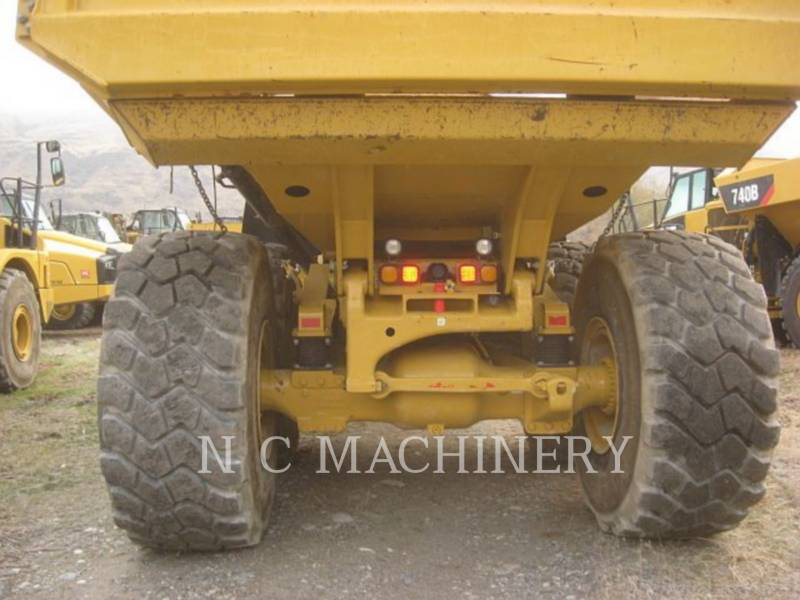 CATERPILLAR TOMBEREAUX ARTICULÉS 740B equipment  photo 7