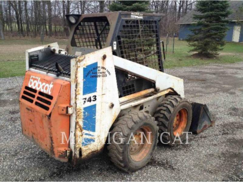 BOBCAT SKID STEER LOADERS 743 equipment  photo 4