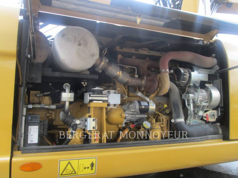 CATERPILLAR ホイール油圧ショベル M313D equipment  photo 8