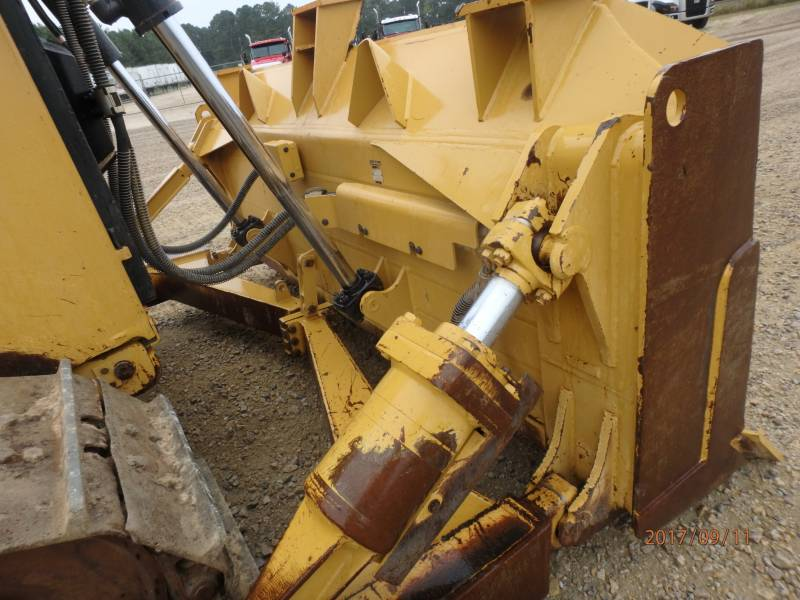 CATERPILLAR KETTENDOZER D6T equipment  photo 18