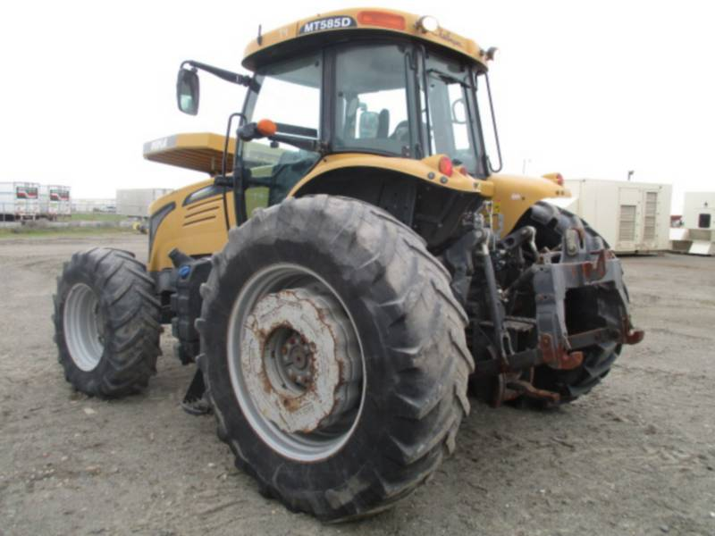 AGCO AUTRES MATERIELS AGRICOLES MT585D equipment  photo 3