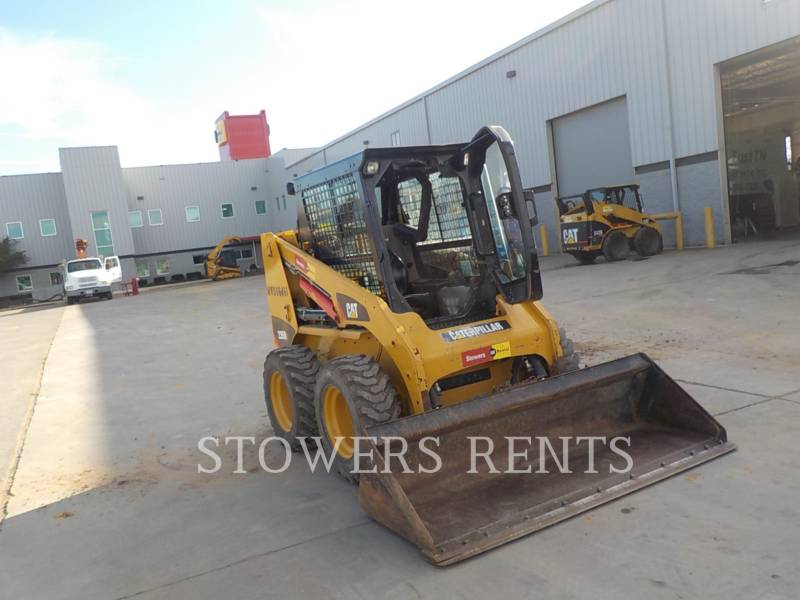 CATERPILLAR PALE COMPATTE SKID STEER 226B3 CAB equipment  photo 2