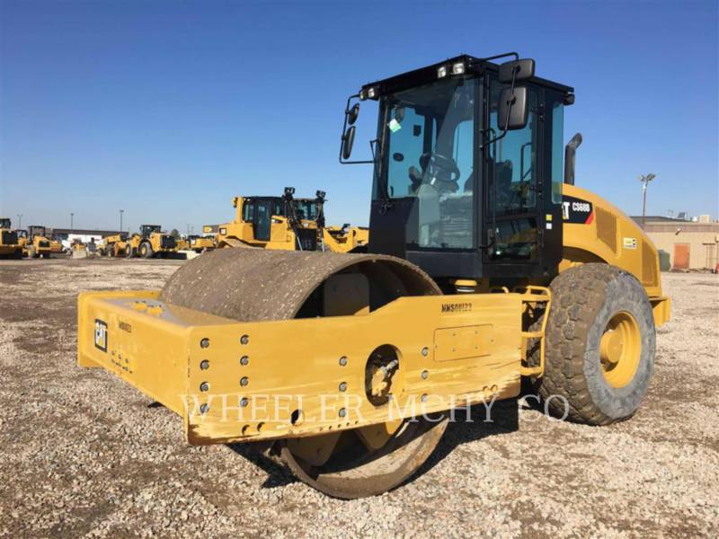 CATERPILLAR COMPACTADORES DE SUELOS CS68B equipment  photo 1