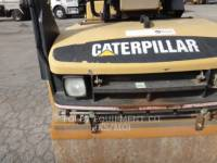 CATERPILLAR TAMBOR DOBLE VIBRATORIO ASFALTO CB-334D equipment  photo 13