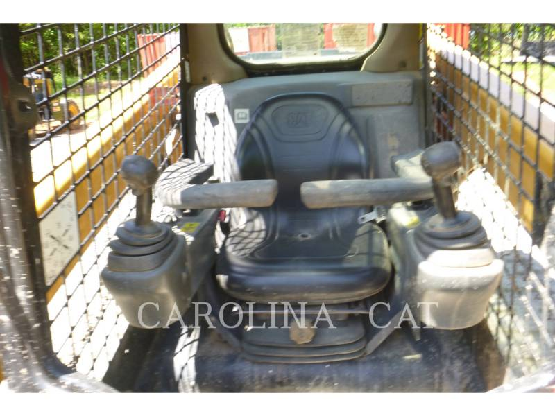 CATERPILLAR CARGADORES DE CADENAS 289D equipment  photo 7