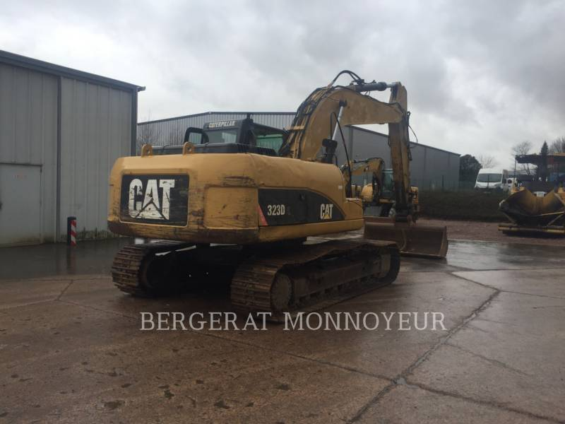 CATERPILLAR TRACK EXCAVATORS 323D equipment  photo 8
