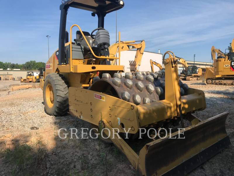 CATERPILLAR COMPACTEUR VIBRANT, MONOCYLINDRE À PIEDS DAMEURS CP44 equipment  photo 2